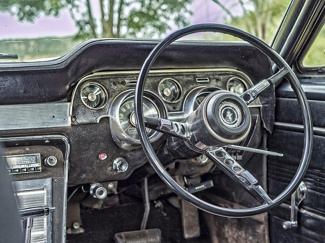 old, car, steering